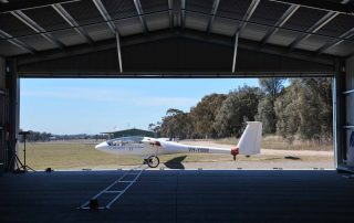 Glider hangar at Warkworth with 4-section sliding industrial door